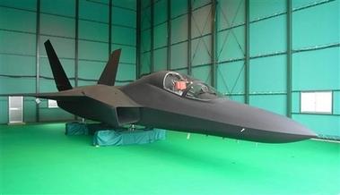 capt.tok80108110445.japan_fighter_jets_tok801.jpg